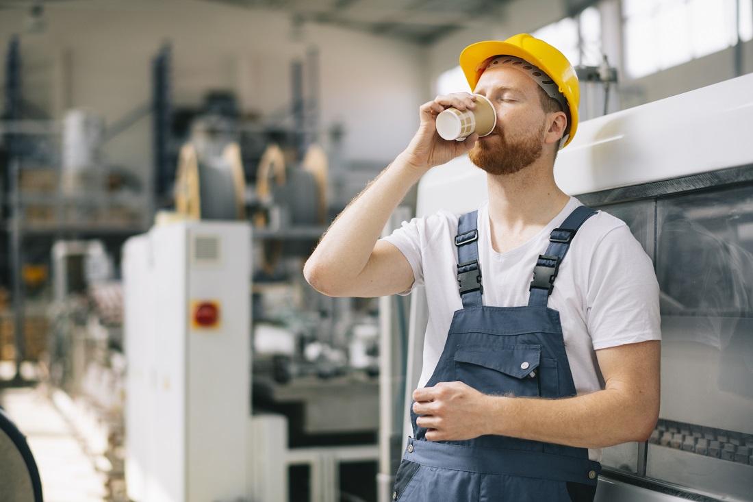 Cuida tu salud sustituyendo las bebidas energéticas por café natural